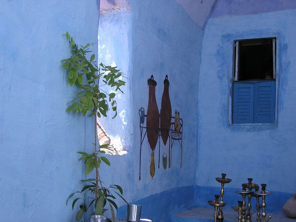 http://www.monami-travel.com/images/stories/gallery/aswan/nubian house.jpg