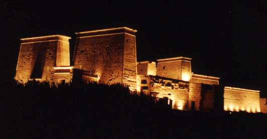http://www.monami-travel.com/images/stories/gallery/aswan/sound and light.jpg