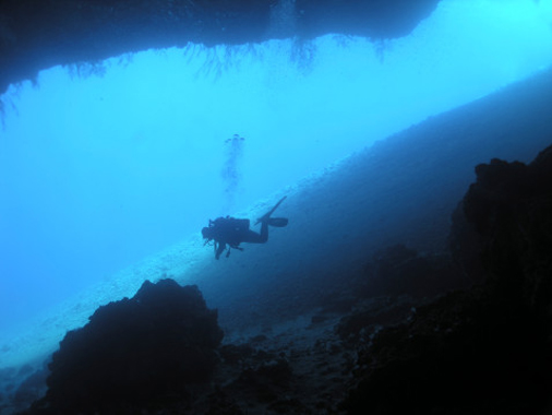 http://www.monami-travel.com/images/stories/gallery/sinai/diving.jpg