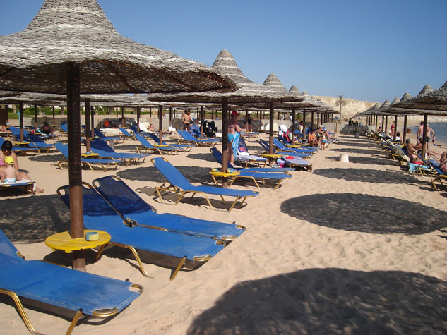 http://www.monami-travel.com/images/stories/gallery/sinai/sharm beach.JPG