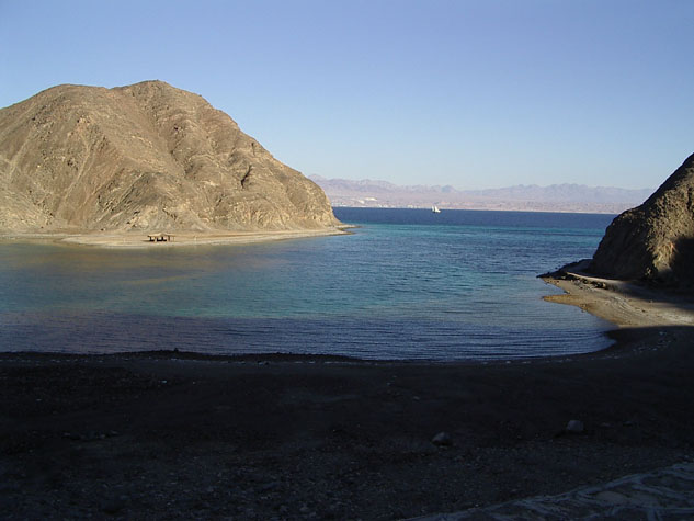 http://www.monami-travel.com/images/stories/gallery/sinai/sinai.JPG