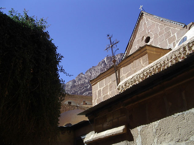 http://www.monami-travel.com/images/stories/gallery/sinai/st Catherine Monastry.JPG